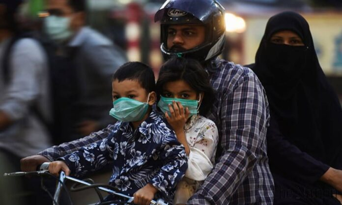 Pakistan reported 4,119 coronavirus cases at a positivity level of 7.8% during the last 24 hours, with both numbers recording their highest levels in over two months, as concerns around the fourth Covid-19 wave come to life. On May 19, Pakistan reported 4,207 infections, while the highest positivity ratio was recorded on May 20 at 8.22%. Since July, Pakistan has been witnessing a surge in coronavirus cases as well as national positivity level as the country grapples with the Delta variant of the Covid-19. During the last 24 hours, 52,291 tests were conducted across the country, taking the total number to 15,818,764. Of these, 4,119 came out positive. Pakistan has so far confirmed 1,015,827 cases. The total number of fatalities from Covid-19 jumped to 23,133 after 44 people succumbed to the Covid-19. The country reported 7,020 recoveries in 24 hours, taking the tally to 935,742 Overall, there are 2,898 critical cases and 56,952 active coronavirus in Pakistan.