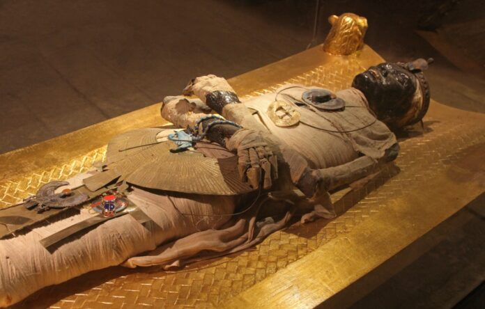 The Mummy secen changes into reality, Dead body starts moving and breathing during Burial in Egypt